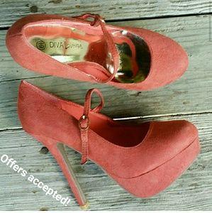NWOT Peach Mary Jane Platform Heels